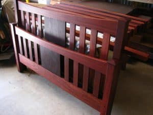 Federation style head- and footboard, jarrah
